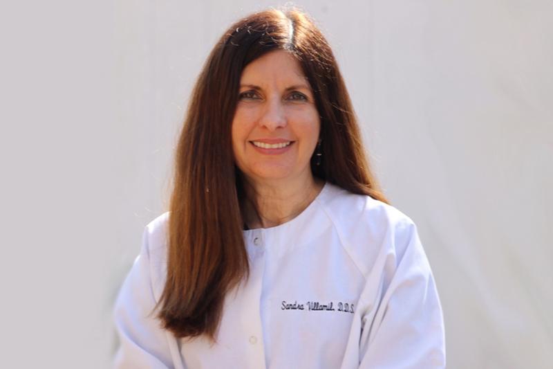 Dr. Sandra Villamil
